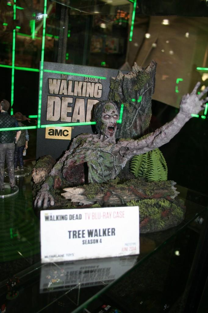 The Walking Dead - Season 4 Blu Ray case